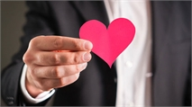 In a First-Round Interview for a Leadership Post, Make Sure You Show the Love